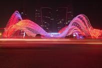 武汉光谷广场夜景-幻彩的建筑