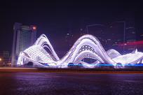 武汉光谷广场夜景-银龙飞舞