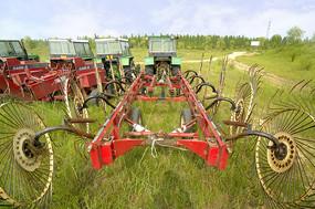 北京野鸭湖湿地-农业机械
