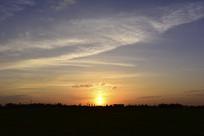 傍晚时分的天空