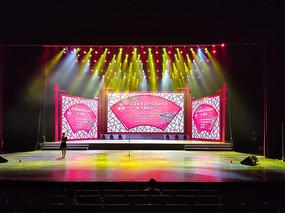 山东省会大剧院舞台灯光