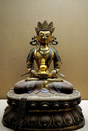 雍和宫无量寿佛铜像