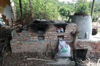 农村简易的红砖厨灶