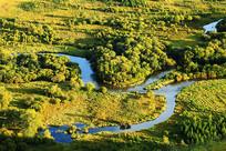 湿地秋季河湾风景