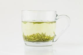 甘肃陇南龙井茶绿茶茶汤