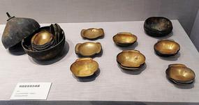 铜圆盒和组合酒器