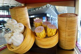 传统粤式点心虾饺和烧麦模型
