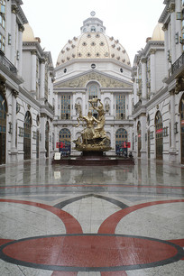 国际珠宝城中心雕塑