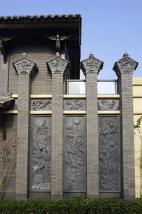 成都博客小镇中式浮雕墙