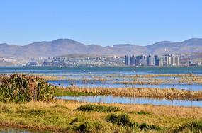 山水湖泊风景