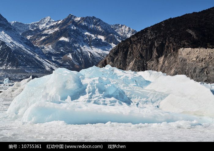 西藏冰川雪山风景图片
