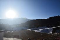 日照雪山风景