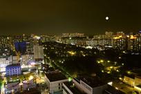 韩国水原市孝园公园的夜晚