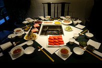 火锅餐厅餐桌