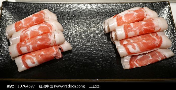 一盘四川火锅配菜羊肉卷图片