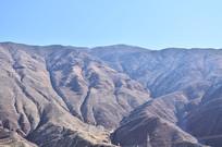 荒凉的大山山脉