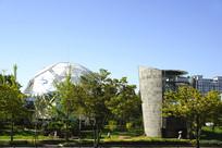 韩国水原市公共建筑足球形公厕
