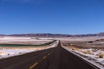 高原沥青路