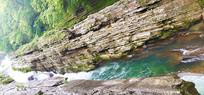 森林岩石河流景观