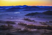 草原清晨日出