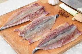 美食新鲜鱼肉料理腌鱼照片