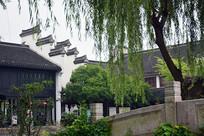 中式传统马头墙建筑