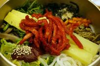 韩国全州拌饭-生拌牛肉拌饭