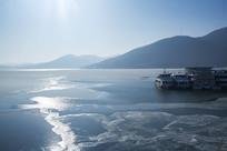 松花湖冬季湖面