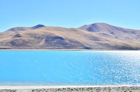 西藏羊卓雍错风景