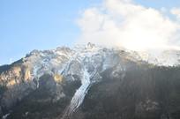 雪山山峰风景