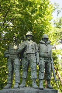韩国水原仁溪艺术公园士兵雕塑