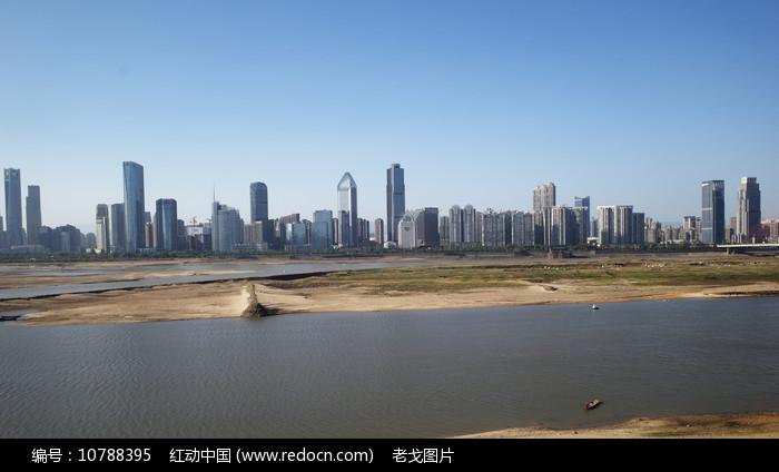 滕王阁赣江两岸景区图片