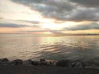 傍晚海上风光