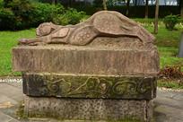 金钱豹石雕雕塑