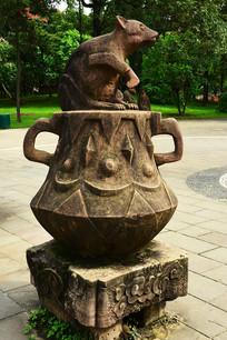 生肖老鼠石雕雕塑
