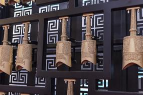 中国古代大型打击乐器编钟