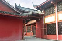 成都石经寺红色墙壁及门楼