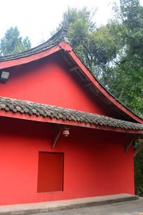 寺庙建筑的红色墙壁