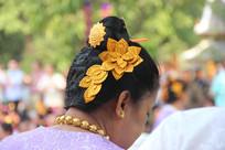 盘头的傣族女人