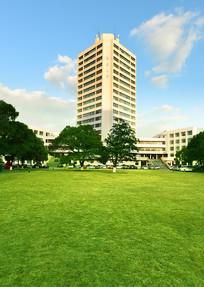 上海东华大学的校园风光