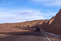蜿蜒的高原公路
