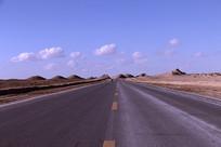 雅丹地貌公路