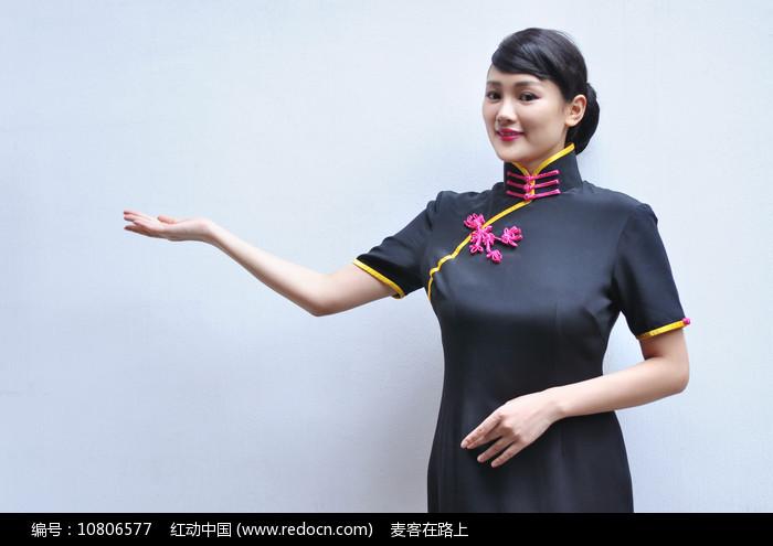 中式美女邀请您图片