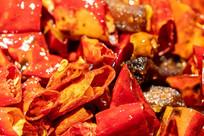 一大堆红色的辣椒