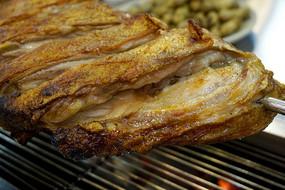蒙古族烤羊肉