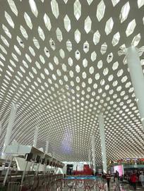 深圳机场航站楼自然光采光设计