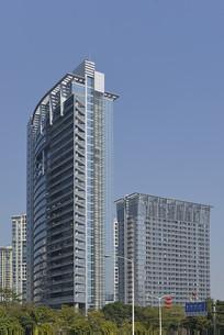 深圳深南大道的财富广场大楼