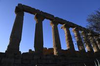 神殿联排立柱