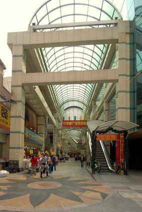 深圳东门步行街中威广场