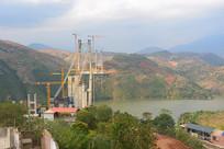 红河州建水县红河特大桥建设